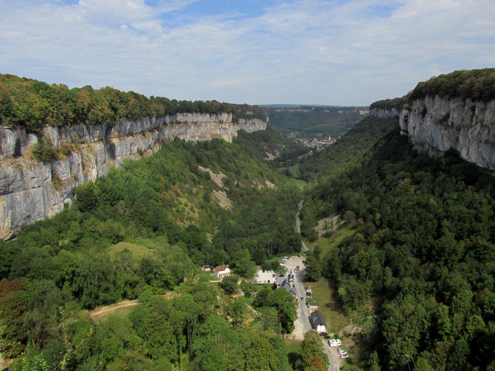Grottes, cascades et belvédères